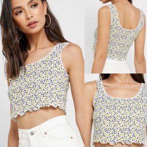 $55 Retail Women's Floral Crop Tops Size 6